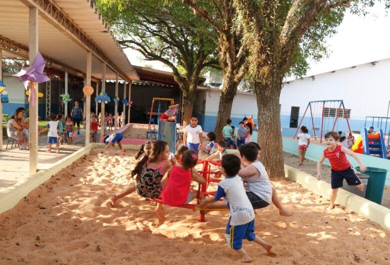 Escola municipal recebe melhorias por meio do Programa Escola + Bonita do Governo do Estado
