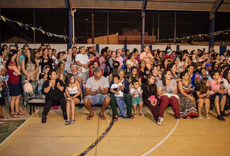 EM Profa. Vera Helena Trinta realiza Festa da Família no Jardim Icaraí