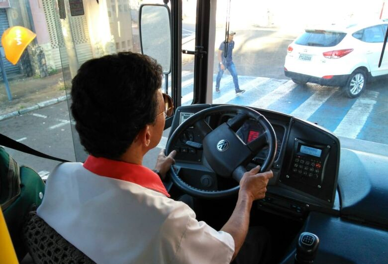 Suzantur está contratando motorista