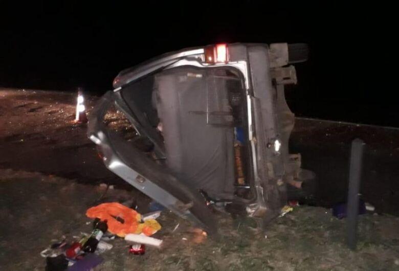 Crianças ficam gravemente feridas após van se envolver em acidente na Washington Luis