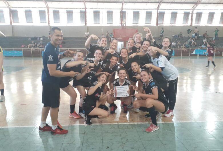 Handebol feminino dá show da Copa Derla e acumula vitórias