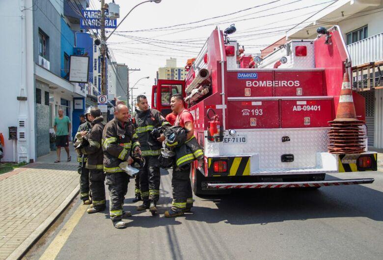 Princípio de incêndio é registrado em restaurante no Centro