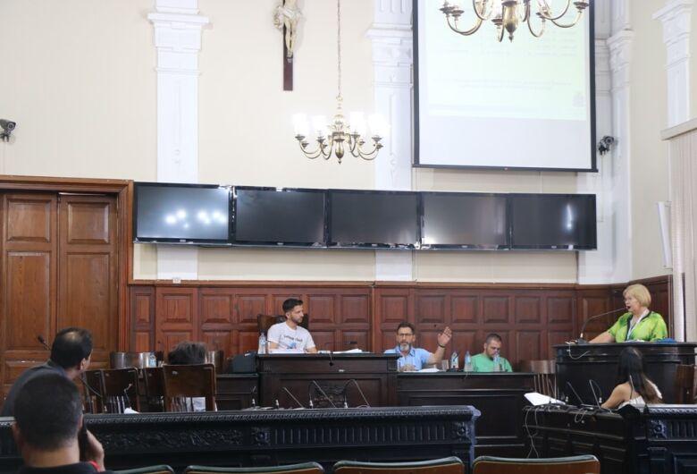 Secretário Marcos Palermo irá determinar que hospitais recebam pacientes psiquiátricos, afirma vereador Elton