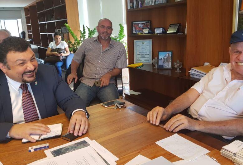 Prefeito Airton Garcia recebe Cônsul do Egito