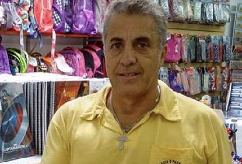 LUTO: Morre Carlão da livraria, conhecido comerciante de Ibaté