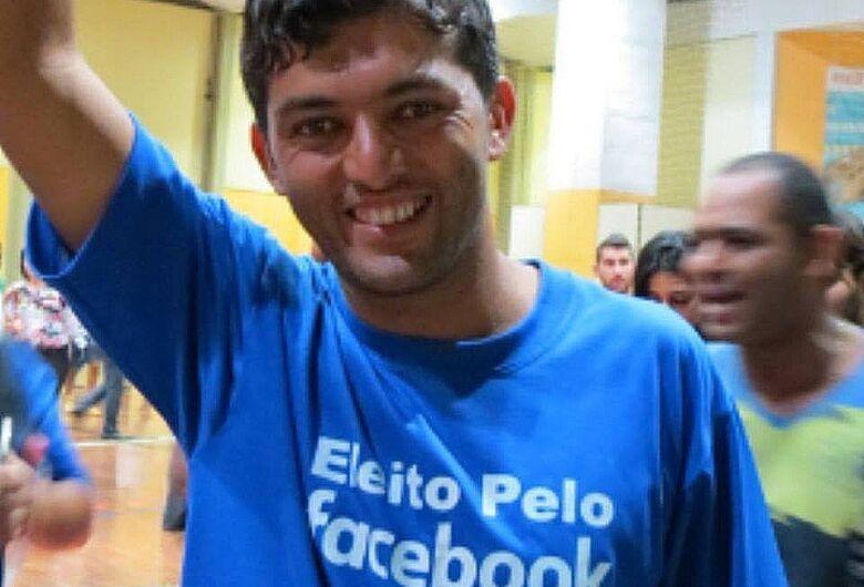 Pela 7ª vez Facebook bloqueia Leandro Guerreiro