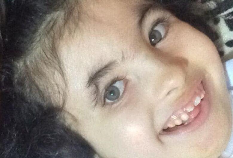 Morre menina que lutava contra doença rara