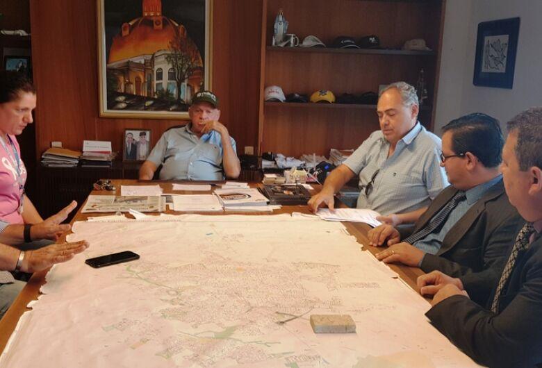 Prefeito assina ordem de serviço para início da ampliação da UBS do Parque Delta e da USF de Água Vermelha