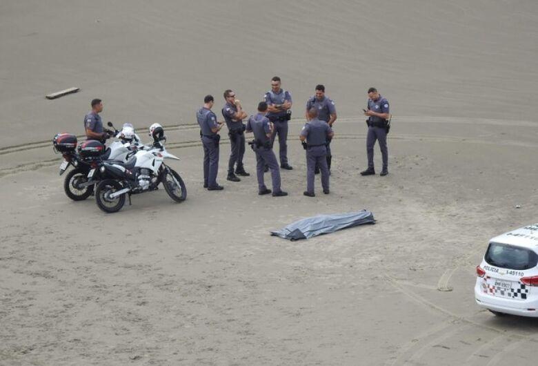 Encontrado corpo de jovem que se afogou no mar em Praia Grande