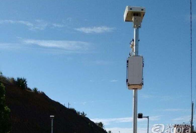 Ipem realiza verificação de radar nas Avenidas Tancredo de Almeida Neves e Prof. Luís Augusto de Oliveira