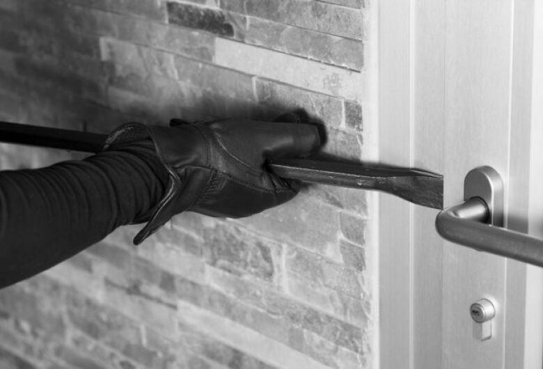 Polícia registra nesta terça-feira três furtos a residências