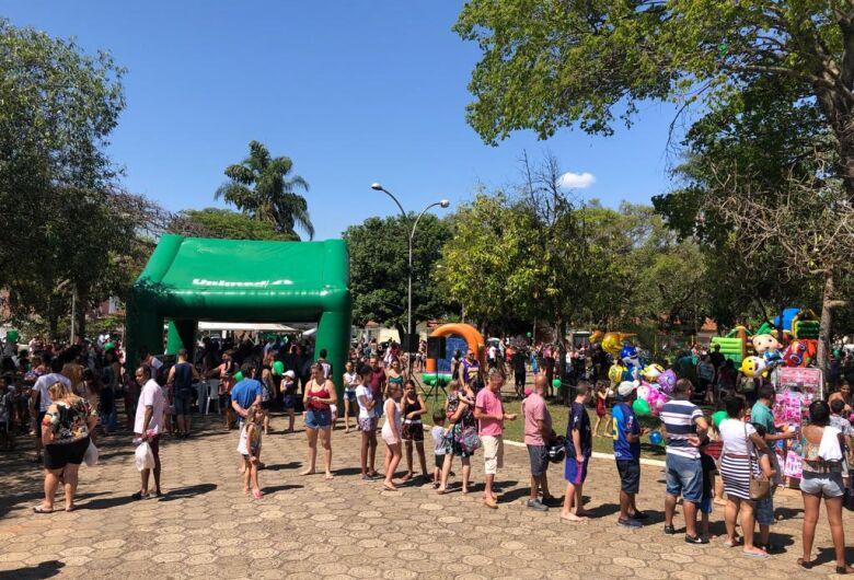 Unimed São Carlos reúne centenas de pessoas em mais uma edição do Unimed na Praça