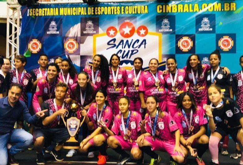 """""""As Esquisitas"""" surgem e é mais uma opção para o futsal feminino de São Carlos"""