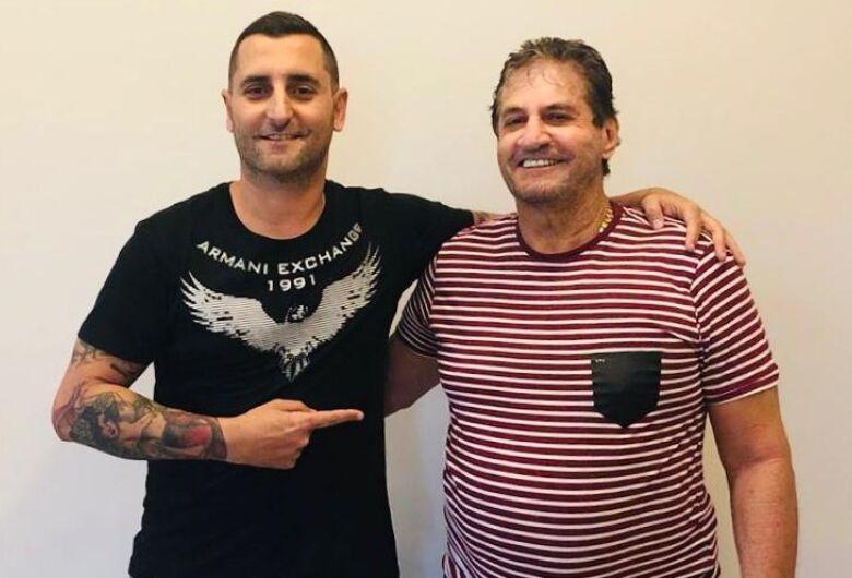 Zé Parella adere ao Leilão Amigos Contra o Câncer