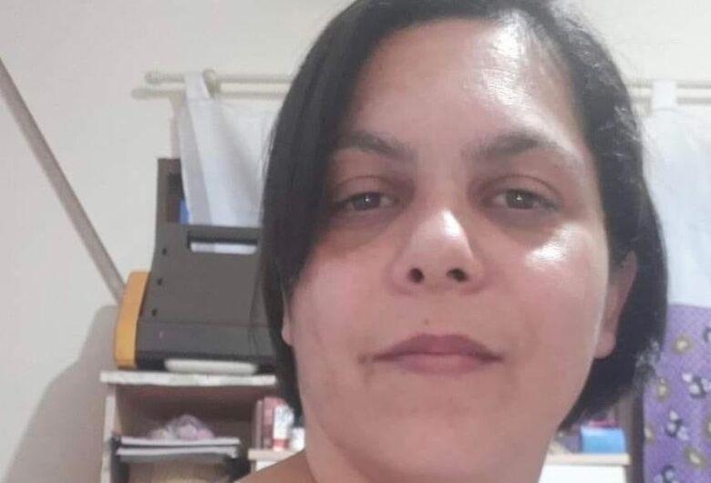Professora morre em acidente no dia do aniversário