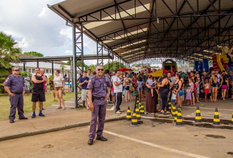 Festa em comemoração ao 30 anos do 38º Batalhão da Polícia Militar faz a alegria da criançada