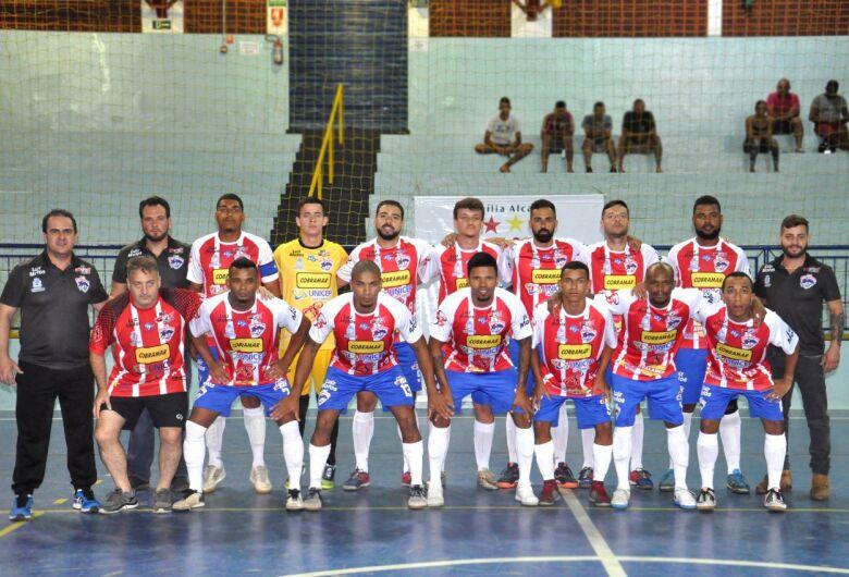 """Em mais uma """"final"""", São Carlos Futsal pega Dumont em casa e joga para ir à semi"""