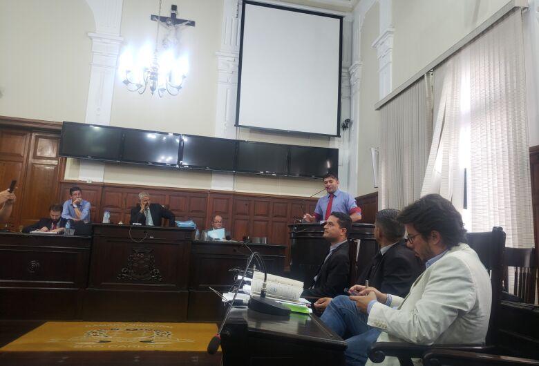 Eleições do SINDSPAM geram polêmica em sessão da Câmara