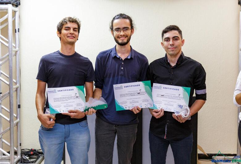 Estudantes da UFSCar desenvolvem aplicativo para Farmácia Solidária