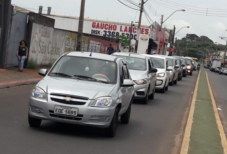 Motoristas de aplicativos promovem novo 'buzinaço' em São Carlos