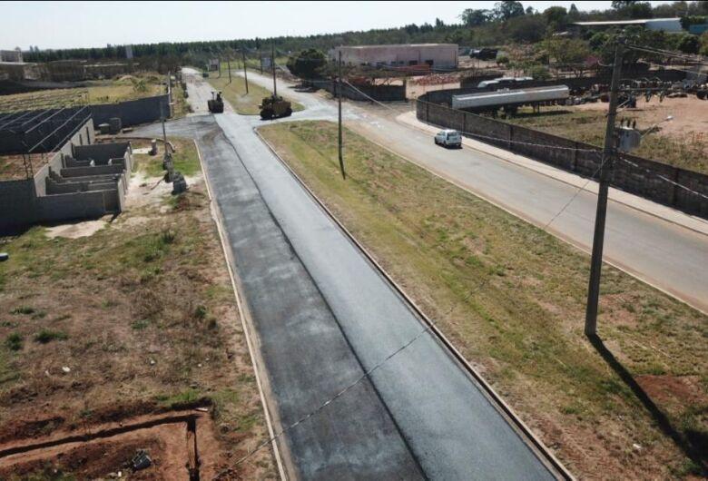 Distrito Industrial de Ibaté está 100% pavimentado e estruturado