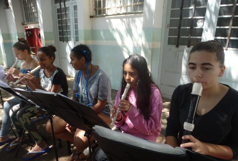 Doces Flautistas lançam CD com músicas em ritmos variados