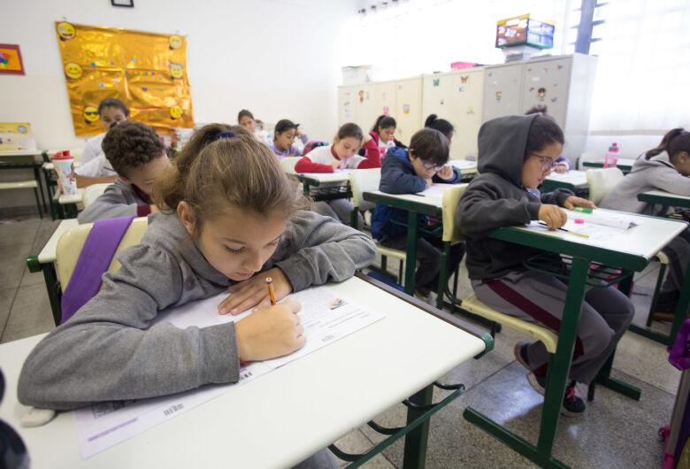 Provas do Saresp são aplicadas a partir desta quarta-feira para 1 milhão de alunos