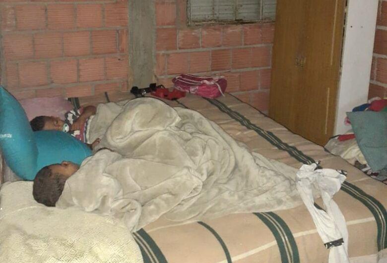 Família passa por necessidades no Cidade Aracy e SCA realiza campanha solidária