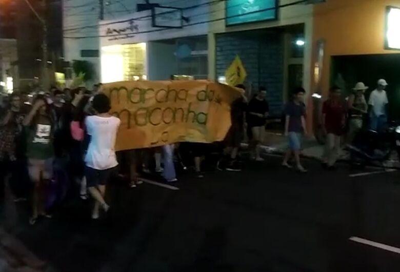 Marcha da Maconha percorre ruas do Centro de São Carlos