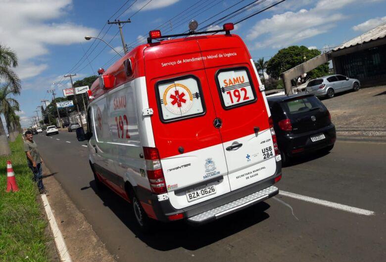 Após ser fechada, motociclista sofre queda na Getúlio Vargas