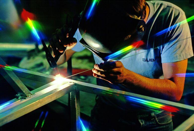 Prefeitura oferece 60 vagas para o curso de soldador