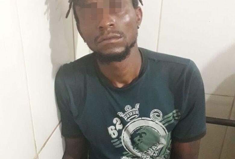 Procurado por furto e tráfico é preso no Jardim Santa Tereza