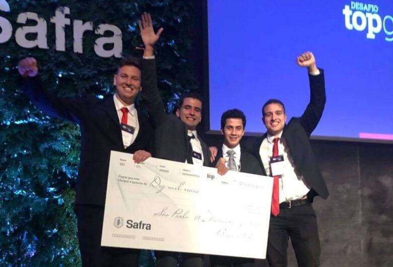 Estudantes de São Carlos vencem a maior competição do mercado financeiro do país