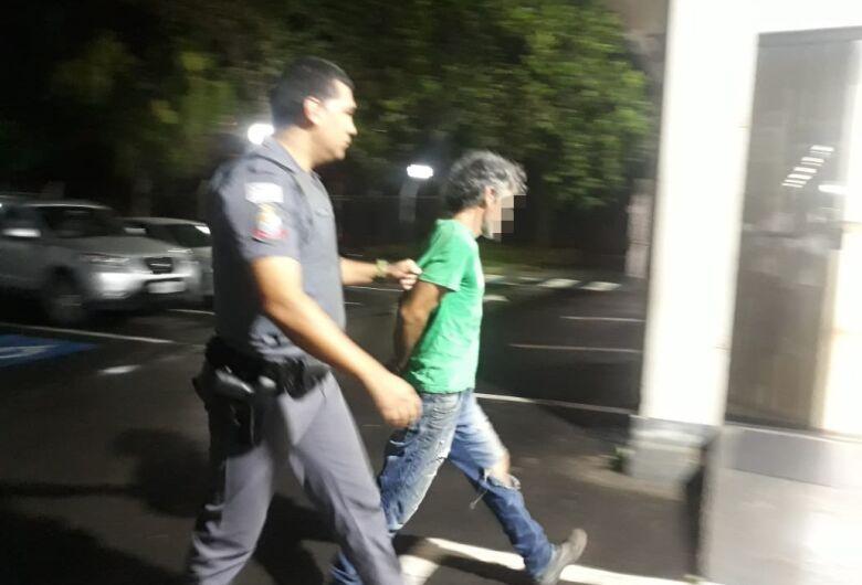 Chileno é detido após agredir mulher no Zavaglia