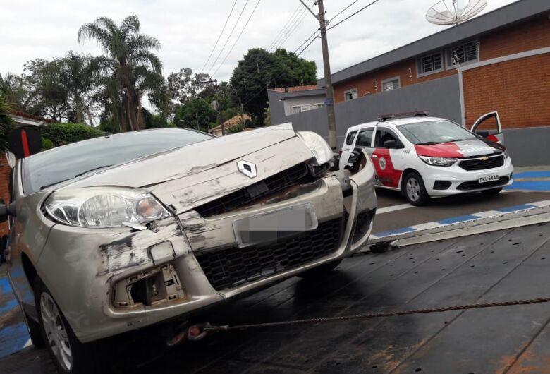 Nova desobediência às leis de trânsito provoca acidente