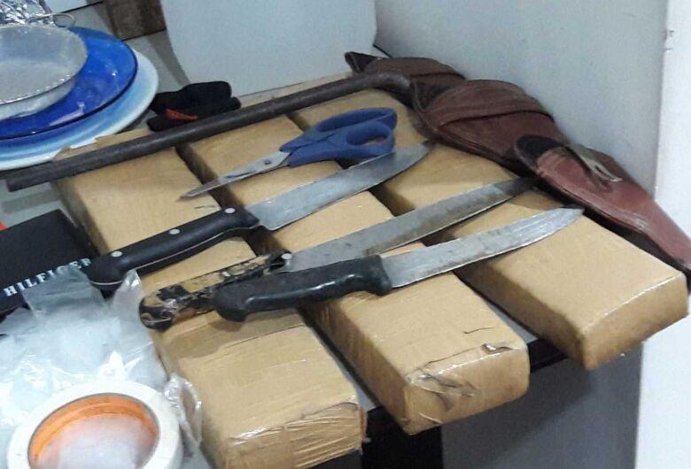 PM apreende grande quantidade de drogas e prende dois homens no Antenor Garcia