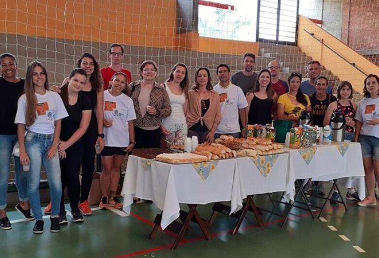 Café da manhã comemora os 25 anos da Educação Física