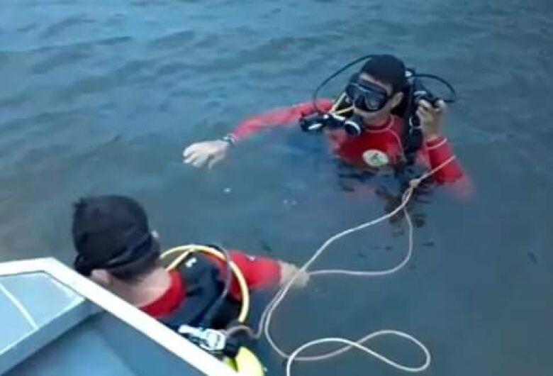 Tragédia na represa de Furnas: cinco pessoas da mesma família morrem após barco virar
