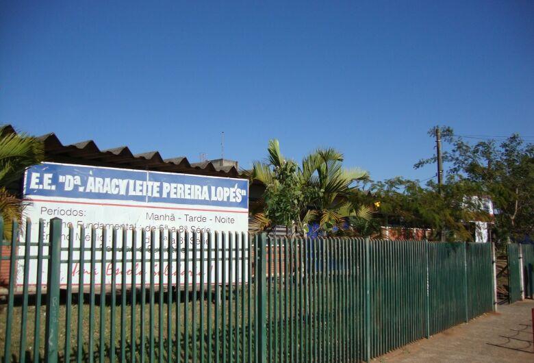 Duas escolas de São Carlos passarão a funcionar em tempo integral no próximo ano