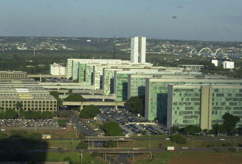 Funcionalismo custa R$ 750,9 bilhões com 11,4 milhões de servidores