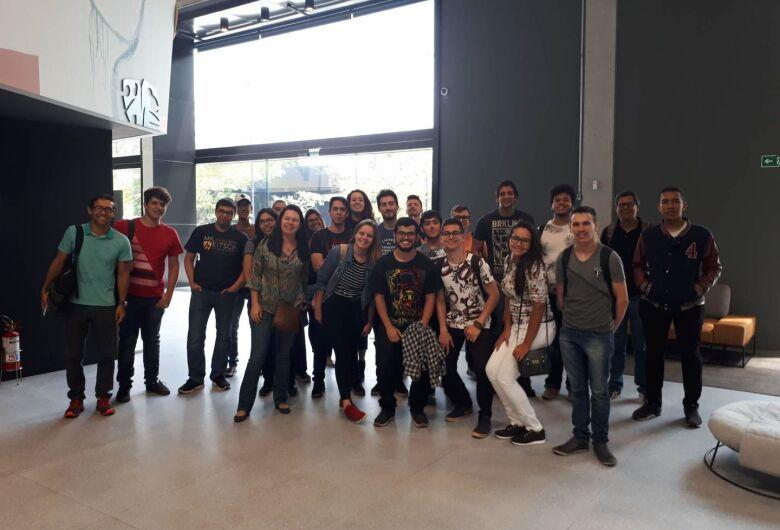 Alunos do IFSP São Carlos visitam o Mercado Livre