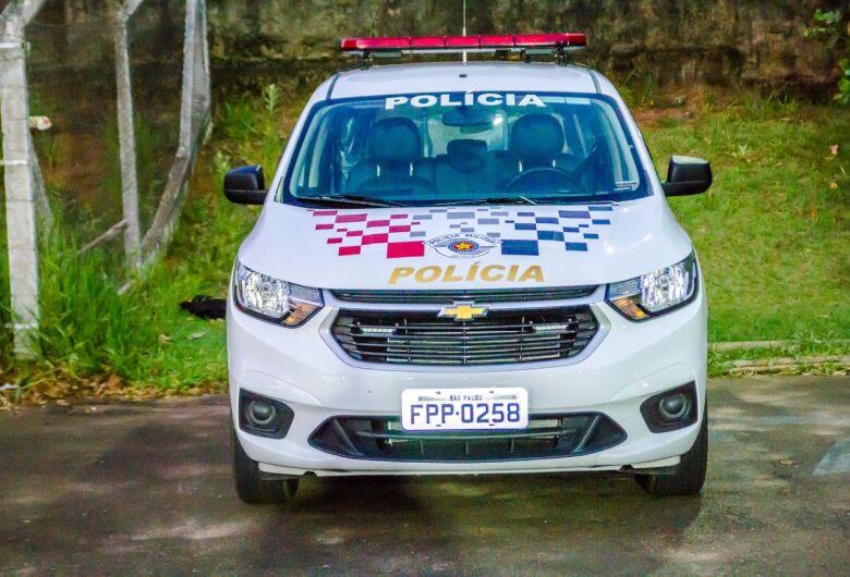 Ladrão leva KA de motorista na Vila Derigge