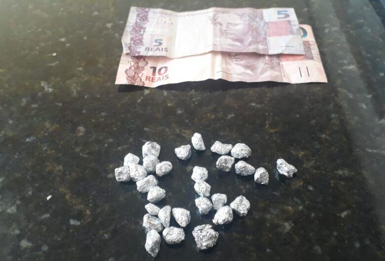 Homem é preso por tráfico de drogas em Ribeirão Bonito
