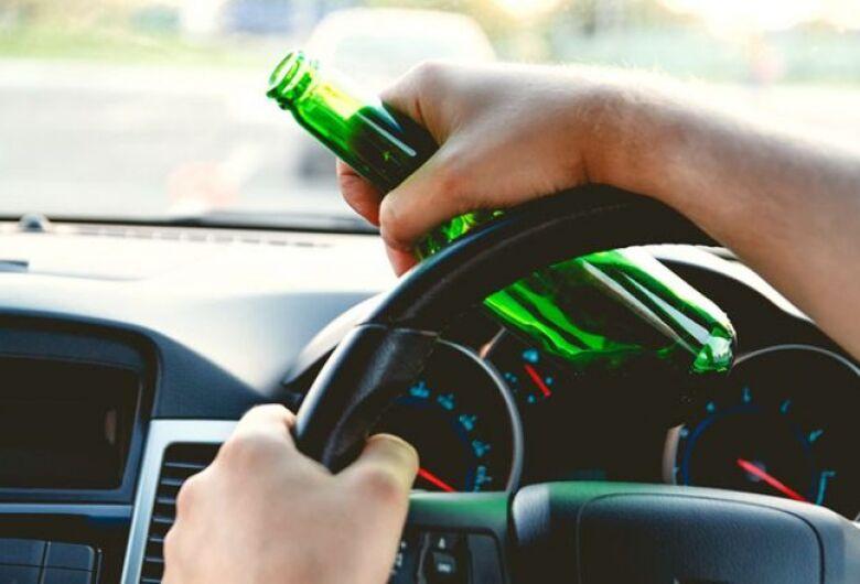 Jovem é preso por dirigir embriagado na Washington Luiz