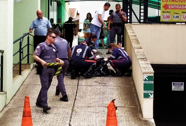 Mulher morre após pular do 17º andar no Medical Center