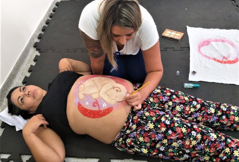 Maternidade da Santa Casa realiza primeiro curso para gestantes em Sao Carlos