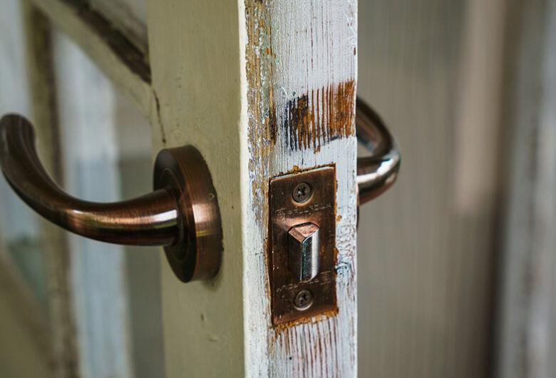 Polícia registra 4 furtos em residências nesta quinta-feira