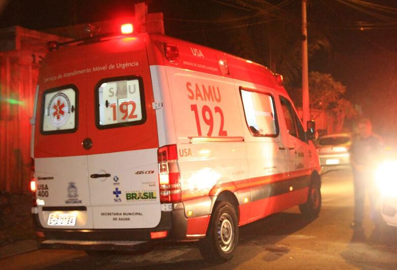 Morador de rua em SP é atacado enquanto dormia e sofre queimaduras
