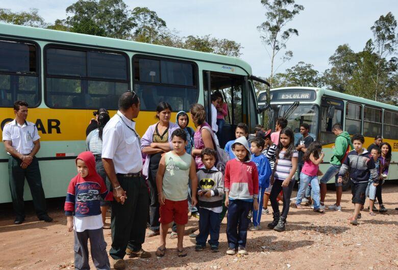 Secretaria de Educação realiza cadastro para o transporte rural