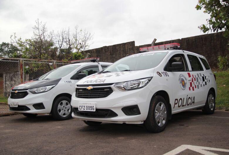 Acusado de dirigir embriagado, motorista provoca colisão no Aracy